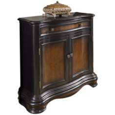 Timeless Classics Gallant Hall Chest