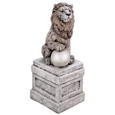 Castle Lion on Base Right Facing Garden Accent