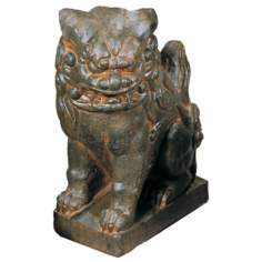 Foo Dog Right Facing Garden Accent