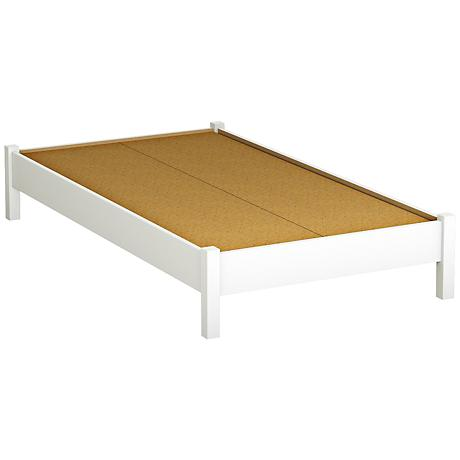 Kelley II Pure White Platform Bed with Legs