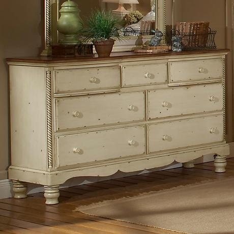 Hillsdale Wilshire Antique White 7-Drawer Dresser