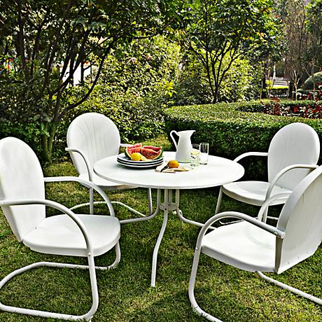 Griffith 5 Piece Nostalgic White Metal Outdoor Dining Set