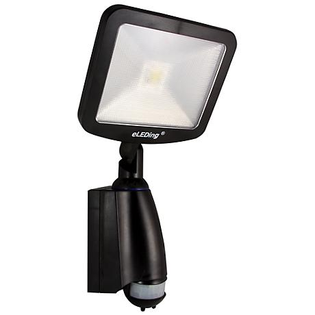 SMART Daylight LED All-Climate Dusk-to-Dawn Solar Light