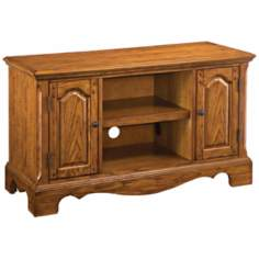 Country Casual Oak TV Stand
