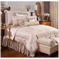 Lumina 4-Piece Oversize Floral Queen Comforter Set