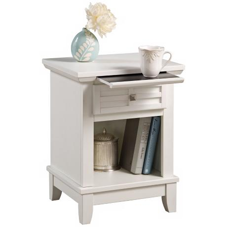 Arts and Crafts White Lattice Pull-Out Tray Night Stand