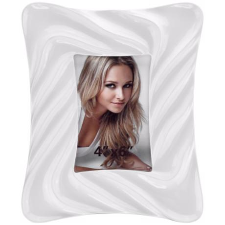 Contemporary Wave 4x6 White Picture Frame
