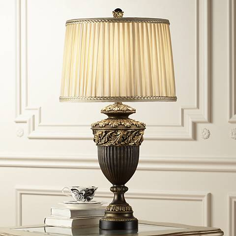 Florencio Urn Table Lamp