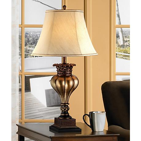 Gold Fluted Bulb Table Lamp