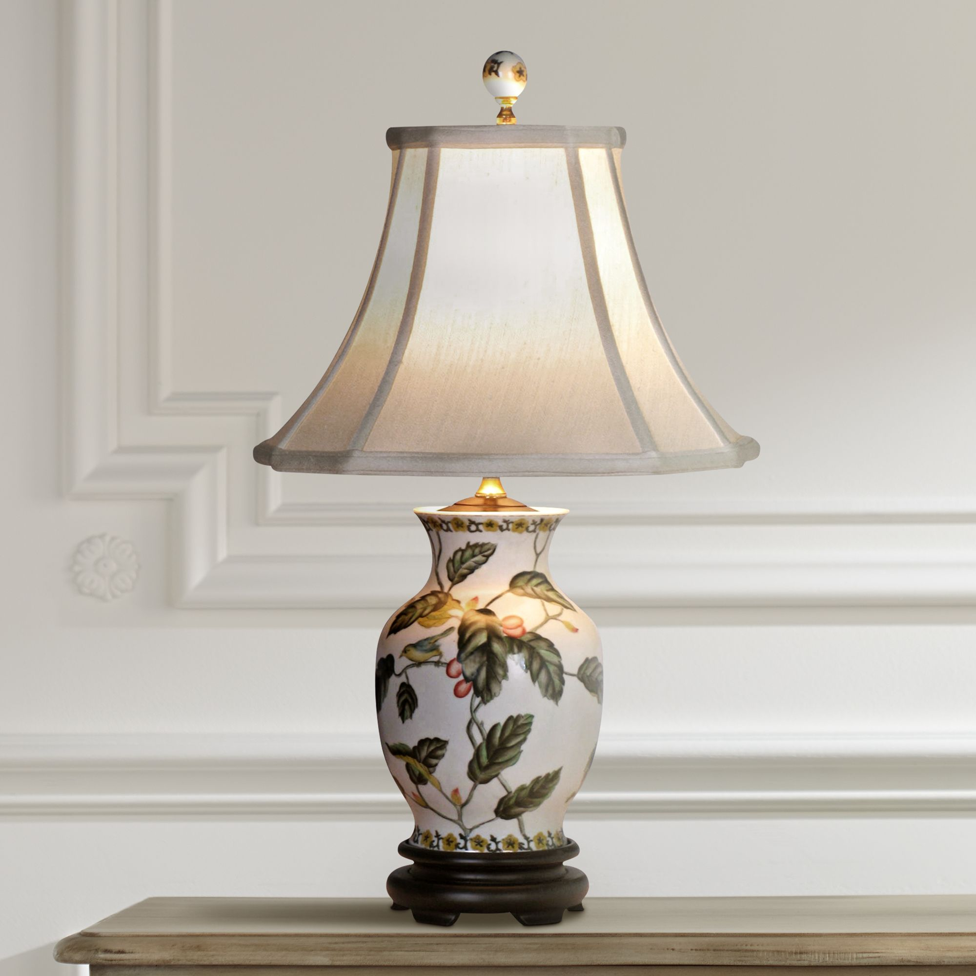 Leaf Motif Porcelain Jar Vase Table Lamp