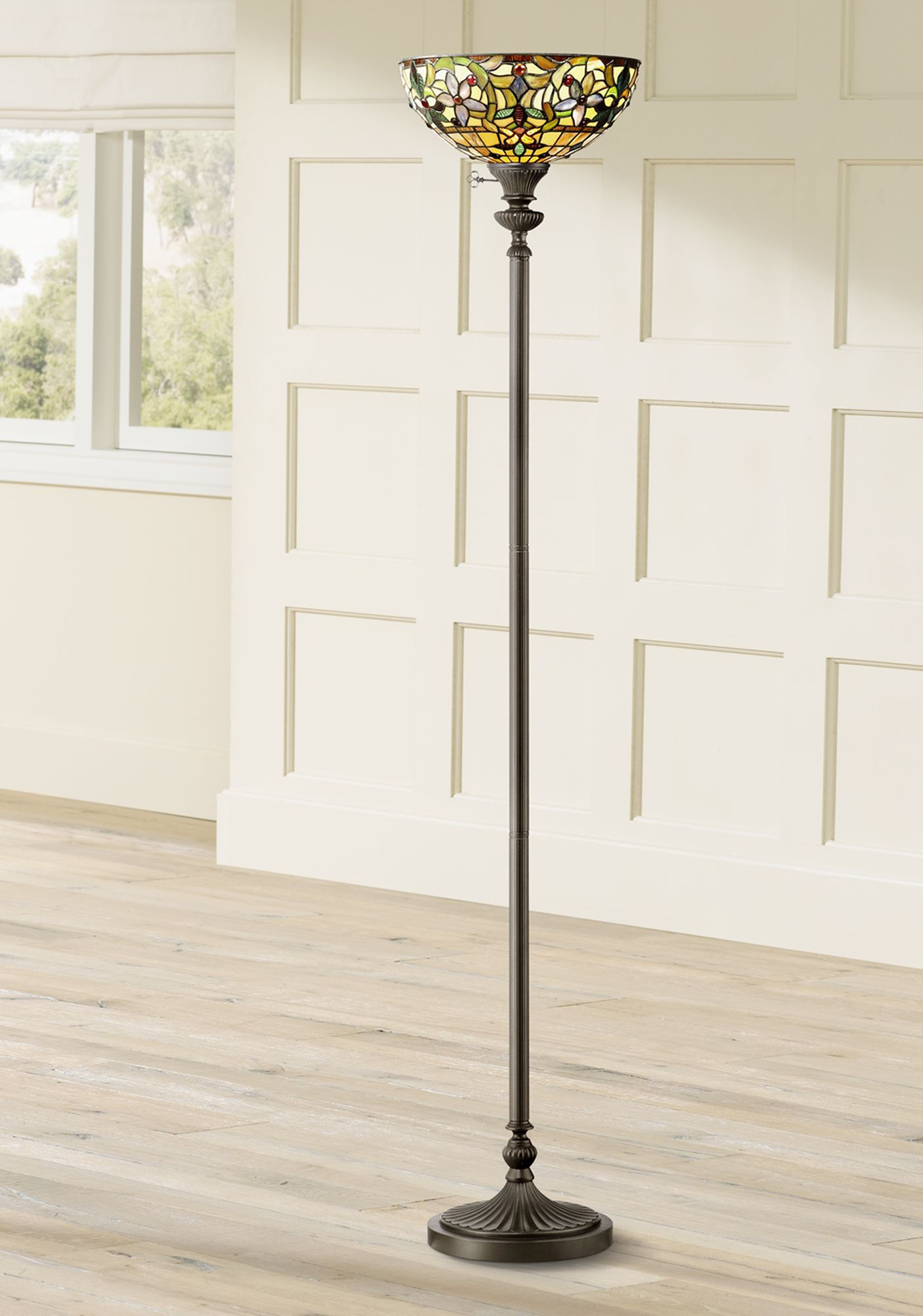 quoizel kami tiffany style torchiere floor lamp