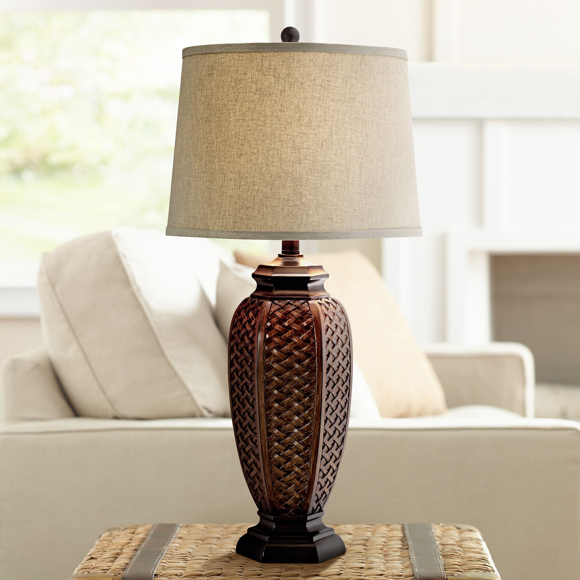 Delightful Faux Wicker Jar Table Lamp