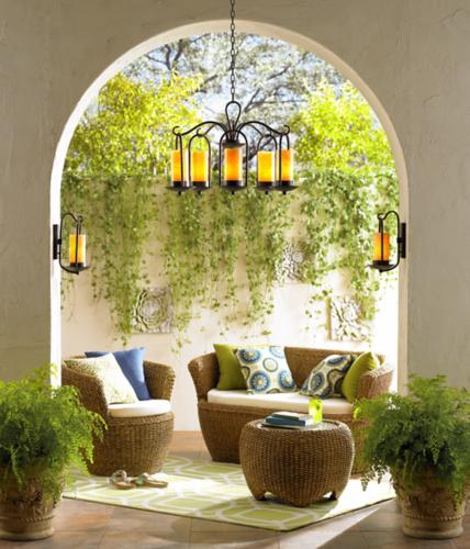 Outdoor lifestyle decorating idea for your patio.