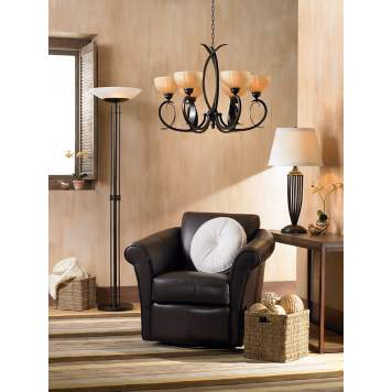 The lighter brown hues play backdrop to the dark and rich brown tones.