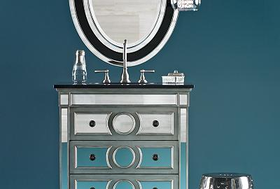 Glittering idea for the bath: combine a mirrored vanity with crystal pendants.