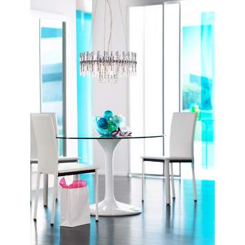 Contemporary Clarity: a pretty and practical design choice for your dining room.