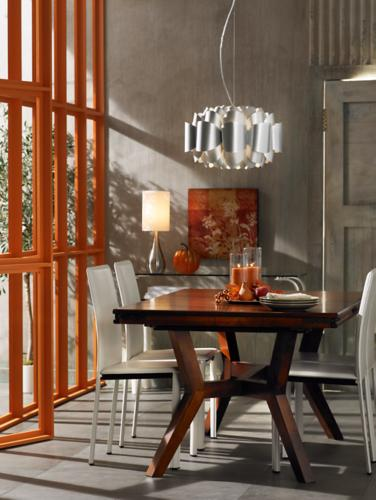 City chic dining room decorating idea.