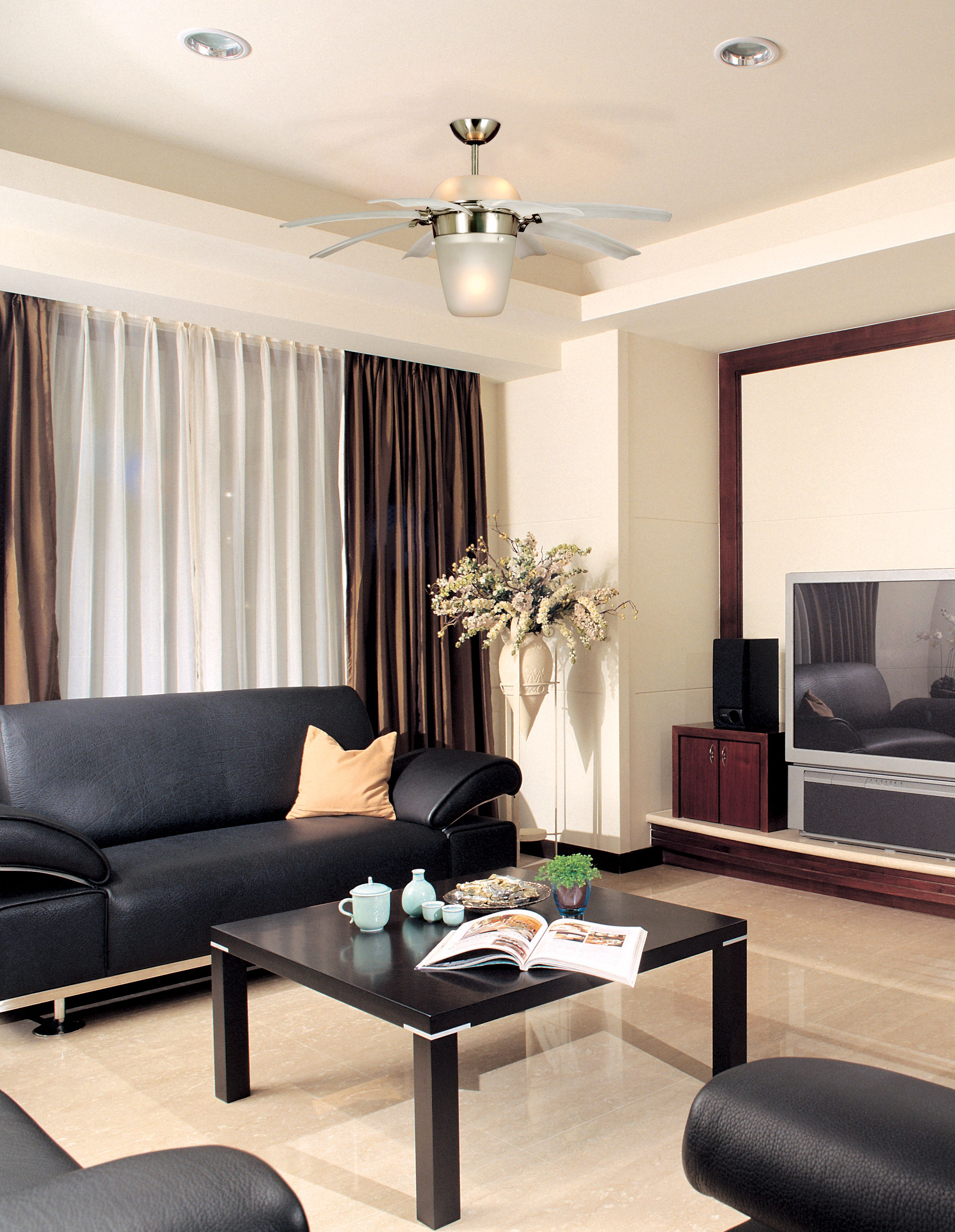 monte carlo airlift ceiling fan in a living room - Monte Carlo Ceiling Fans