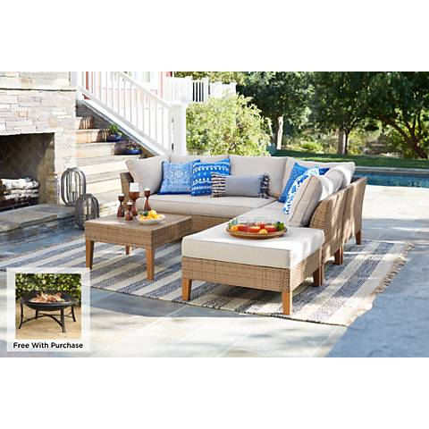 La Jolla 5-Piece Wicker Sectional Sofa with Firepit