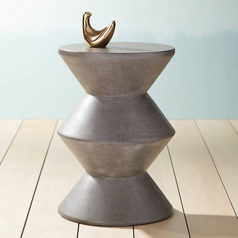 Union Round Gray Concrete Indoor-Outdoor End Table
