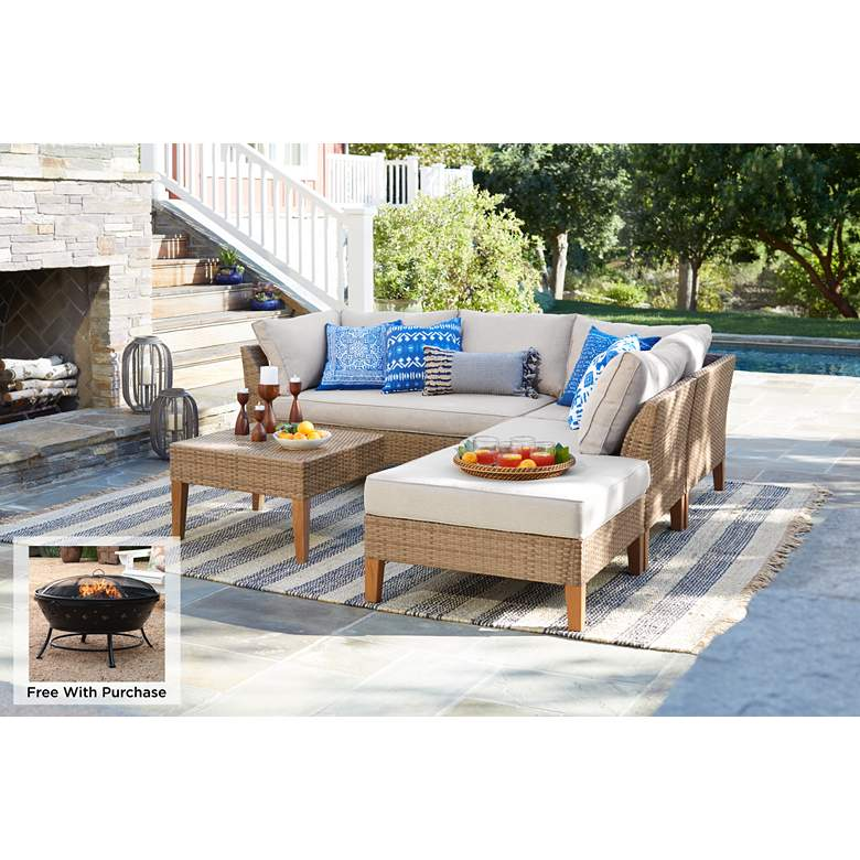La Jolla 5-Piece Wicker Sectional Sofa w/ Arrone Firepit