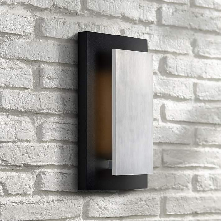 Satin Aluminum Led Outdoor Wall Light