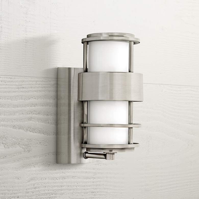 Hinkley Saturn Stainless Steel 12 High Outdoor Wall Light