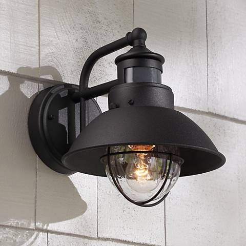 Oberlin 9 h black dusk to dawn motion sensor outdoor light 5y111 lamps plus for Exterior wall light with motion sensor