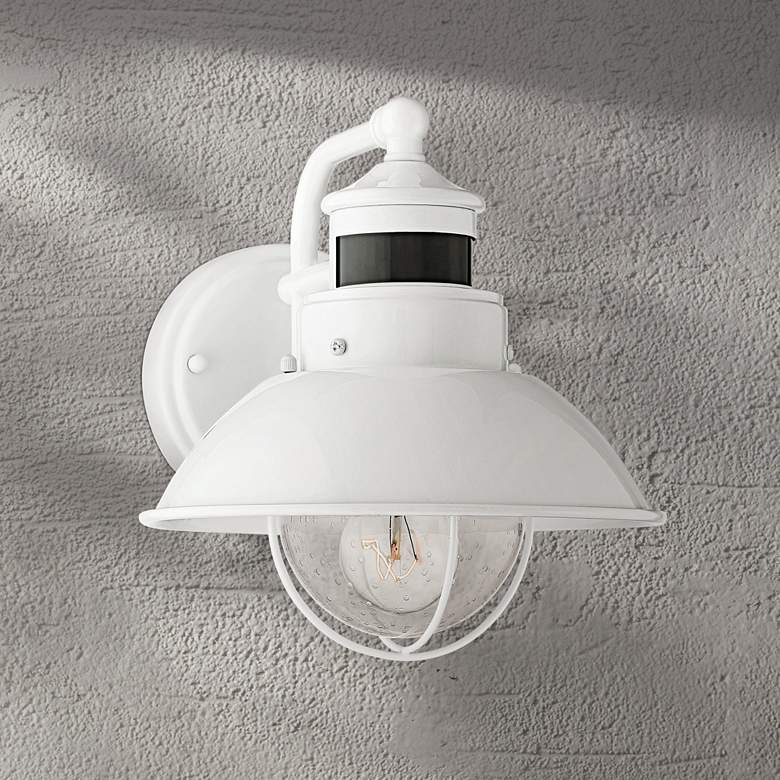 "Oberlin 9""H White Dusk to Dawn Motion Sensor Outdoor Light"