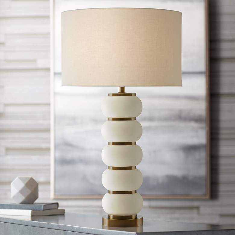 Luko White Mud Quashed Balls Ceramic Table Lamp