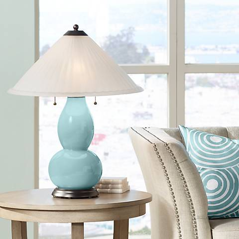 Raindrop Fulton Table Lamp with Fluted Glass Shade