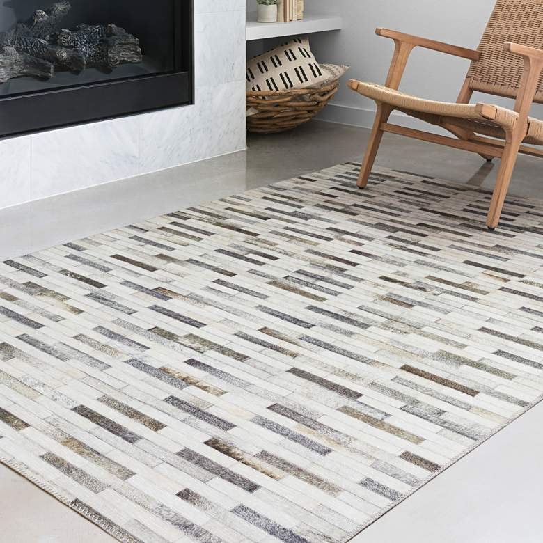 "Loloi Maddox MAD-01 5'x7'6"" Ivory and Gray Area Rug"
