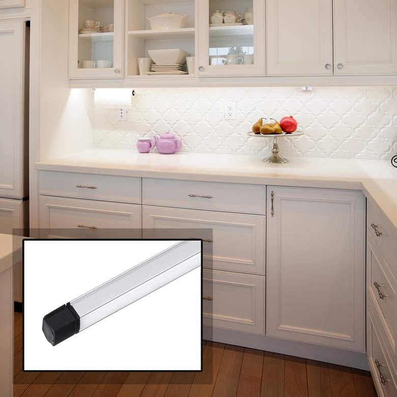 "CounterMax MX-L-24-SS 6""W Aluminum LED Under Cabinet Light"