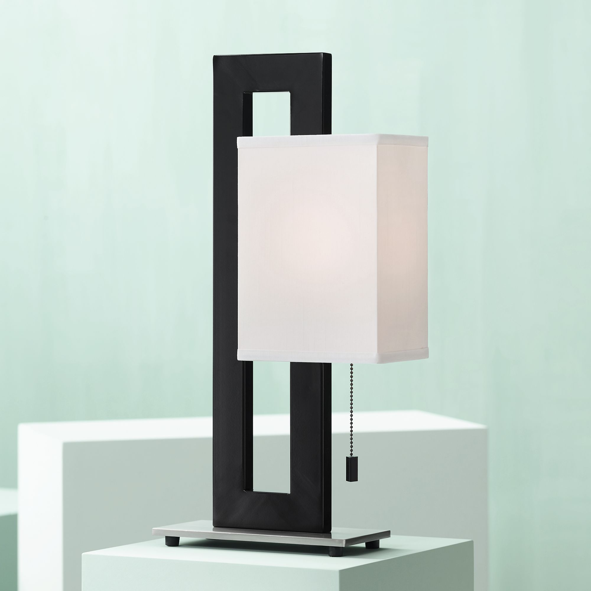Superieur Black And Brushed Nickel Floating Square Table Lamp