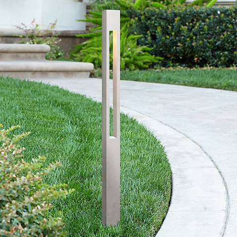 Hinkley Atlantis LED Titanium Square Bollard Light