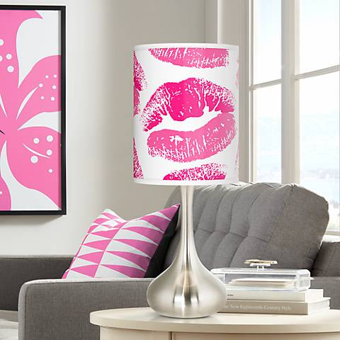 Hot Lips Giclee Droplet Table Lamp