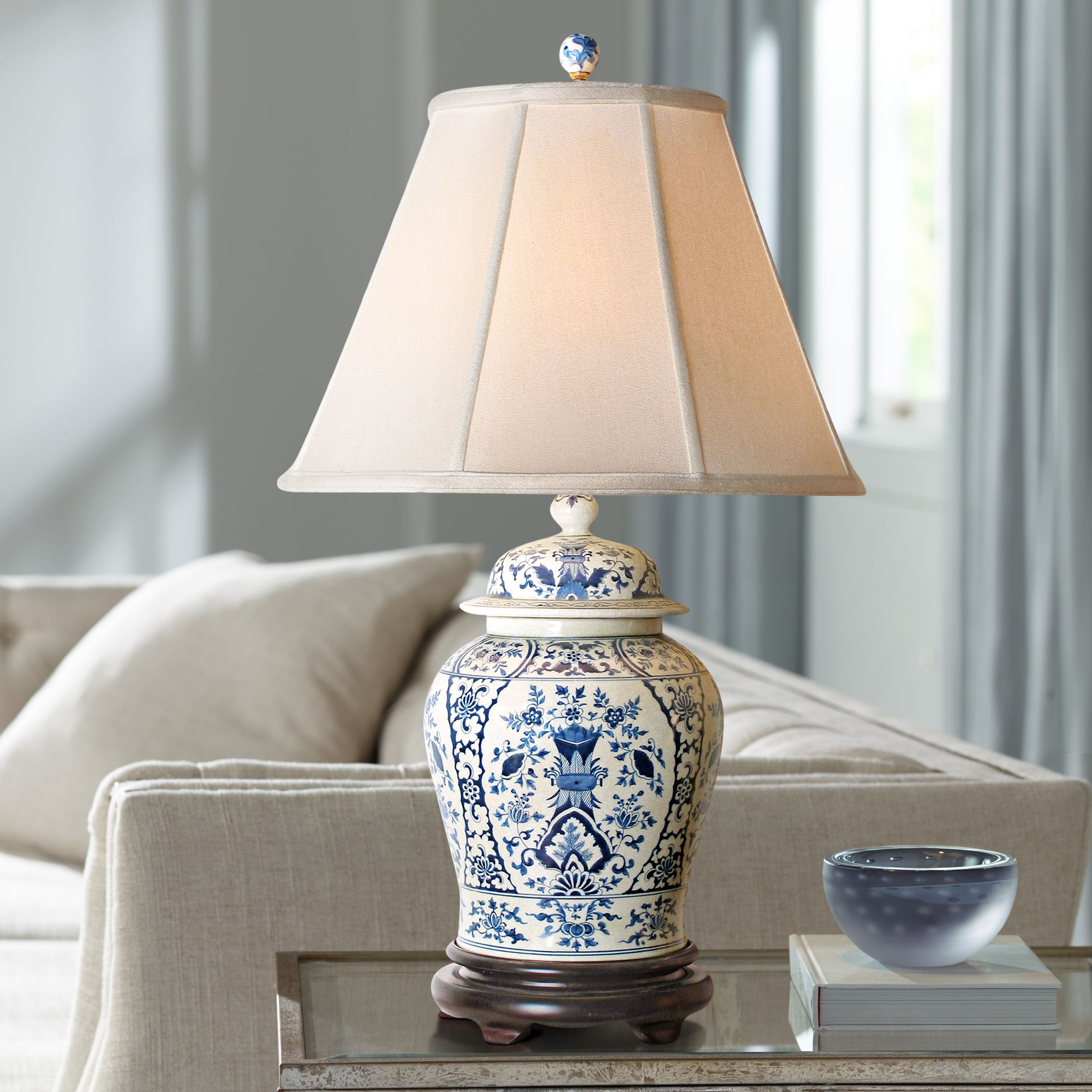 Beau English Blue And White Porcelain Temple Jar Table Lamp