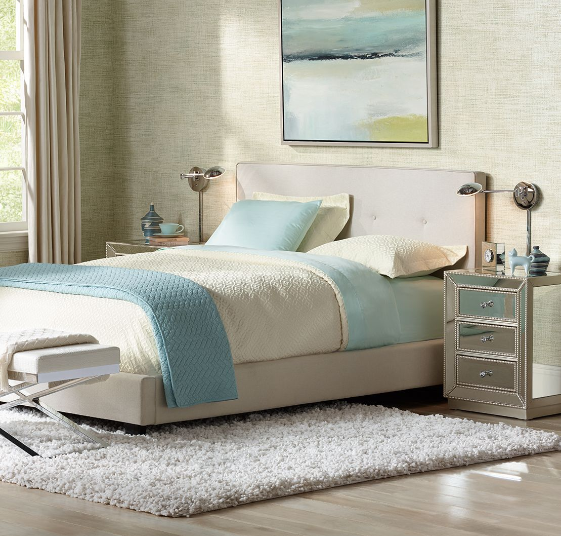 Coastal Style Offers Effortless Elegance, As Shown In This Sleek Bedroom  Scene.