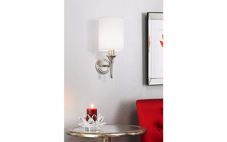 This Transitional Wall Sconce Picture Showcases Hollywood